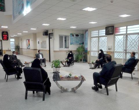 برگزاری جلسات تخصصی انجمن اولیاء و مربیان